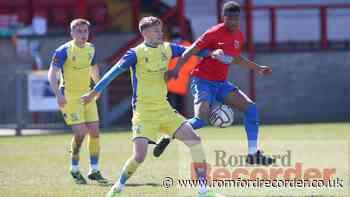 Mo Sagaf extends Dagenham & Redbridge stay - Romford Recorder