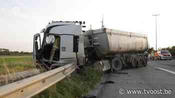 Twee wegenarbeiders gewond na ongeval op E34 in Sint-Gillis-Waas - TV Oost