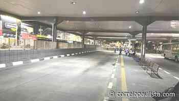 Jandira substitui iluminação da rodoviária central por LED - Correio Paulista