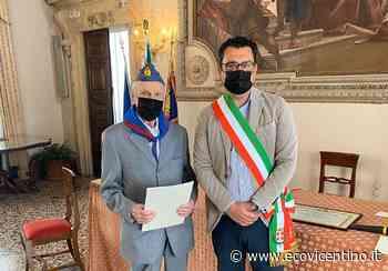 Il reduce di guerra compie oggi 100 anni, festa a Palazzo Trissino. Auguri a nonno Bruno - L'Eco Vicentino