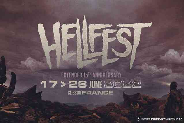 METALLICA, GUNS N' ROSES, SCORPIONS And NINE INCH NAILS Among 350 Artists Who Will Perform At 2022 Edition Of France's HELLFEST