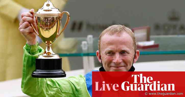 Royal Ascot: Subjectivist wins the Gold Cup on Ladies' Day – as it happened