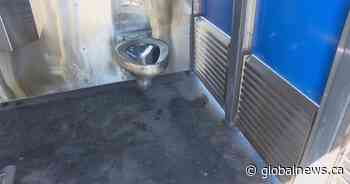 Vernon, B.C. reduces hours of public toilets after fire causes $25K in damages - Globalnews.ca