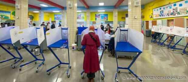 Election Protection HotlineLínea directa de protección electoral