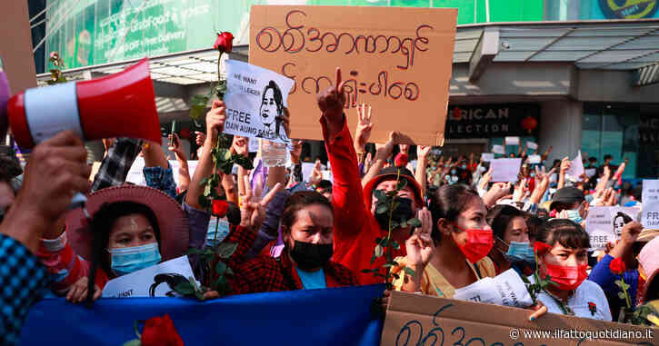 Birmania: il portiere della nazionale di calcio chiede asilo al Giappone dopo aver espresso il suo dissenso sul colpo di Stato