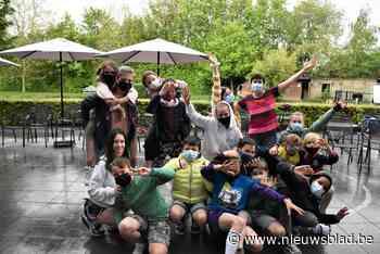 Kinderen tonen talent bij woonzorgcentrum - Het Nieuwsblad