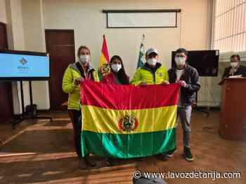 Alpinistas Ayaviri y Bialek reciben la tricolor nacional para flamearla en la cima de la montaña K2 - La Voz de Tarija