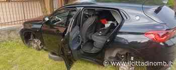 Auto depredata a Meda: i ladri si portano via cruscotto, plancia, volante e pneumatici - Il Cittadino di Monza e Brianza