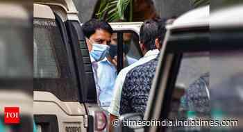 Encounter specialist Pradeep Sharma held in Antilia-Hiran case