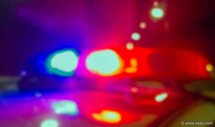 Man dies from gunshot wound after being found in north Austin parking lot