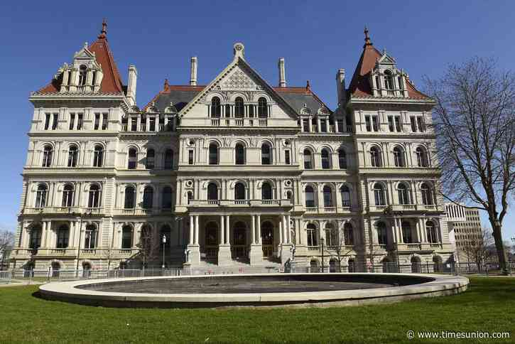 New York's state Capitol reopens to public on Friday