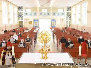 Padres de Varginha e Elói Mendes se reuniram no final de semana para orações pela santificação do clero - Varginha Online