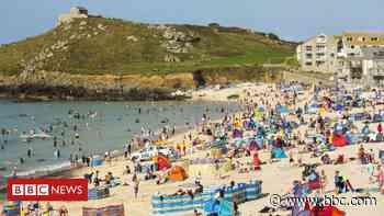 Cornwall needs 'triple effort' to combat Covid-19 spike - BBC News