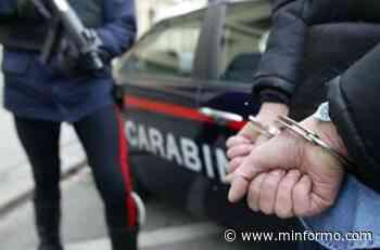 Afragola. Le rubano la macchina e va a denunciarne il furto. L'estorsore la chiama mentre è in Caserma e il Carabiniere riconosce la voce. 42enne arrestato - Minformo
