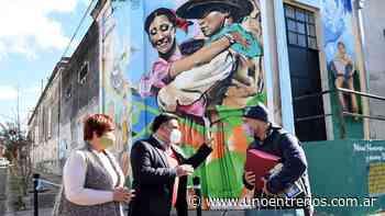 Concepción del Uruguay: un mural en homenaje al chamamé - UNO Entre Rios
