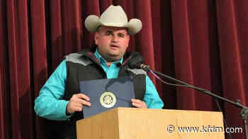 Game Warden Justin Eddins disarms machete-wielding man in Jasper County - KFDM-TV News