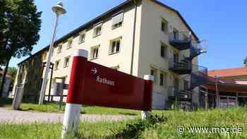 Stellenplan beschlossen: Verwaltung in Hoppegarten sucht 14 neue Mitarbeiter und zwei Azubis - moz.de