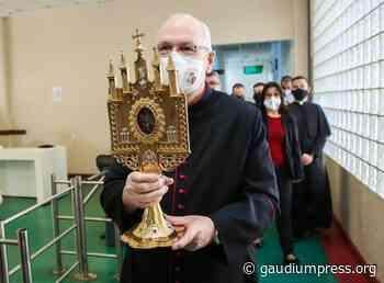 Relíquias e imagem centenária de Santo Antônio peregrinam por Osasco - Gaudium Press Agency