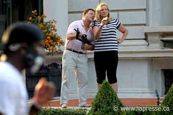 St. Louis | Un couple qui avaient brandi des armes devant des manifestants plaide coupable - La Presse