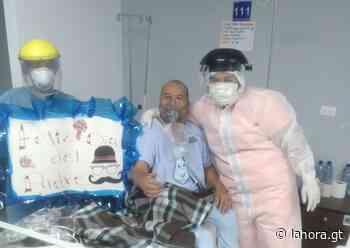 Personal médico del Hospital de Santa Lucía Cotz. dio un momento de alegría a los pacientes - La Hora