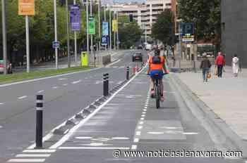 Pamplona colocará bolardos complementarios a los tacos de caucho en los carriles bici - Noticias de Navarra