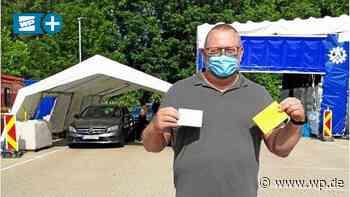 Schwelm: Alten Impfpass im Drive-In gegen neuen eintauschen - Westfalenpost