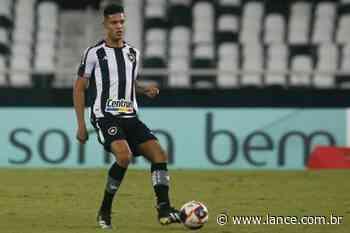 Tratativas finais: Botafogo encaminha transferência de Sousa para o Cercle Brugge - LANCE!