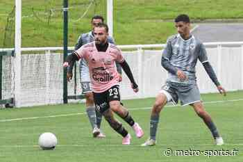 Alexy Bosetti (Le Puy Foot) vers le FC Annecy - Metro-Sports - Métro-Sports