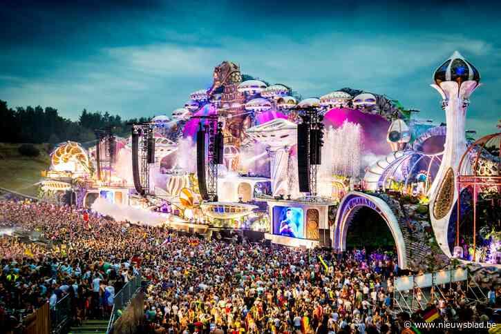 Rond de tafel zitten bleek geen optie: hoe organisatie Tomorrowland koud gepakt werd door verbod voor festival