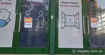 Adhesión total al paro de 24 horas de municipales - Vía País