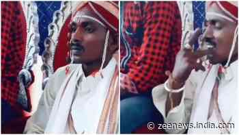 Khaini Wala Dulha: Groom Chews tobacco khaini on stage while waiting for bride