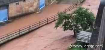 El agua inunda de nuevo la calle Olmo de Fuenmayor - La Rioja