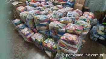 Governo distribui cestas básicas para alunos de escolas de Campina Grande • Paraíba Online - Paraíba Online