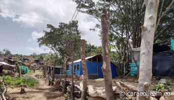 Sin soluciones no nos vamos: habitantes en Cerros de Albornoz - Caracol Radio