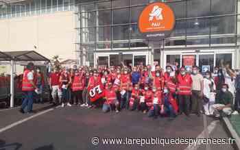 Pau : des salariés d'Auchan expriment leur ras-le-bol - La République des Pyrénées