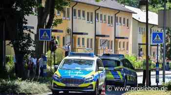 Zwei Menschen in Espelkamp erschossen - Täter flüchtig - ProSieben