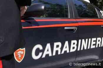 Giugliano in Campania (Napoli): violenze in famiglia, un ragazzo di 20 anni tossicodipendente prende a pugni sua madre e suo fratello, arrestato dai Carabinieri - Telecaprinews