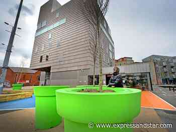 Giant Walsall flower pots branded 'absurd' as MP and council chiefs clash over spending priorities - expressandstar.com
