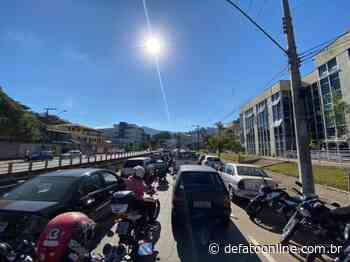 Atenção, motoristas: centro de Itabira registra trânsito caótico na tarde desta quinta - DeFato Online