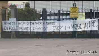 """Parma, striscione contro Buffon all'esterno dello stadio Tardini: """"Mercenario..."""""""