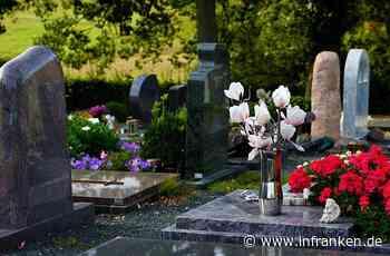 Kronach: Dreiste Diebe stehlen Grabschmuck auf städtischem Friedhof