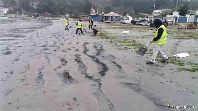 Nuevo varamiento de carbón afecta a la playa Ventanas de Puchuncaví