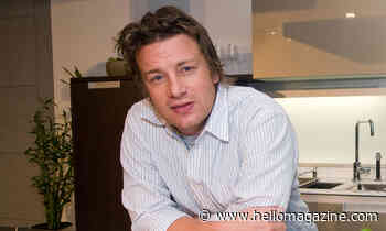 Jamie Oliver wows fans with giant crumpet recipe for Father's Day