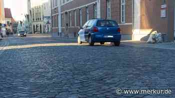 Moosburg: Mehr Sicherheit für Radler: Aus Kopfsteinpflaster wird bald Asphalt - Merkur Online