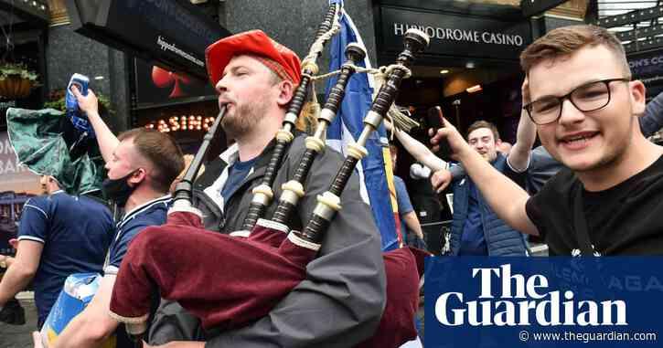 Bring the noise! Tartan Army descends on London ahead of Scotland v England