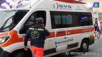 Moto contro auto alla rotatoria di via Da Vinci: un ferito - Il Tirreno