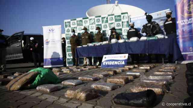 Armada exhibió resultado de la operación contra narcos que ingresaban droga vía marítima