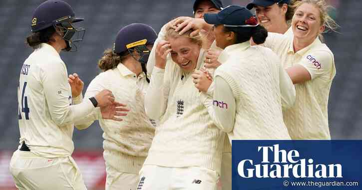 Sophie Ecclestone's touch of class gives England the upper hand against India