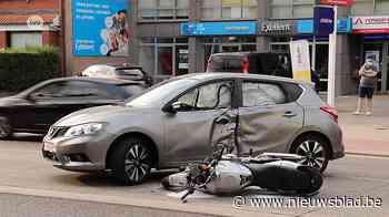 Motorrijder in levensgevaar na botsing (Aalst) - Het Nieuwsblad