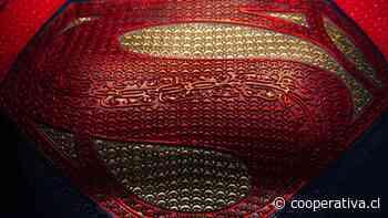 "Andy Muschietti comparte primer vistazo de ""Supergirl"" en la película ""The Flash"""